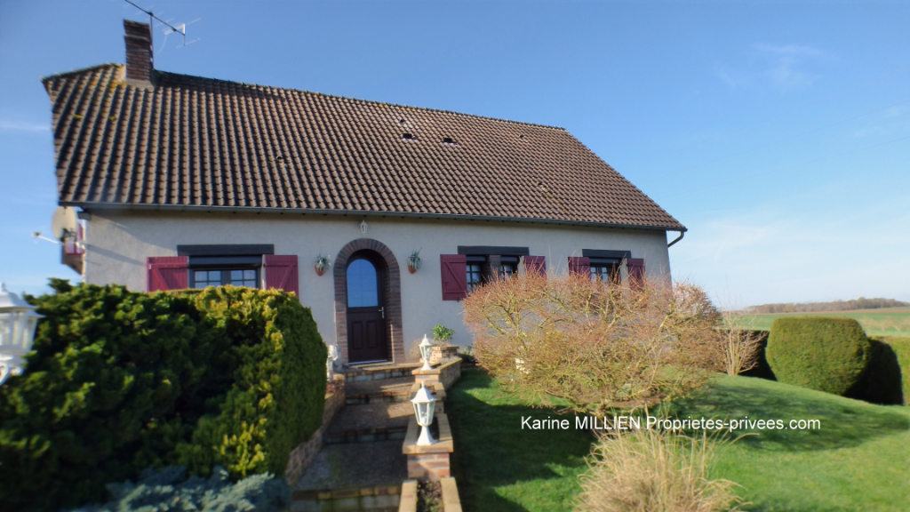 COURDEMANCHE 27320 Maison individuelle - 1 étage - 4 chambres - 1 bureau - Sous sol - Terrain - 233 000  HAI