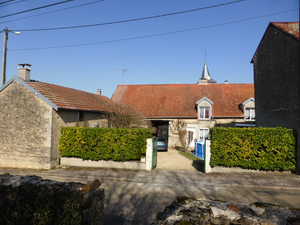 Maison de village Ozieres 9 pièce(s) 210 m2