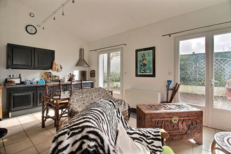 Maison Floirac 4 pièce(s) 85 m2 , jardin 372 m²