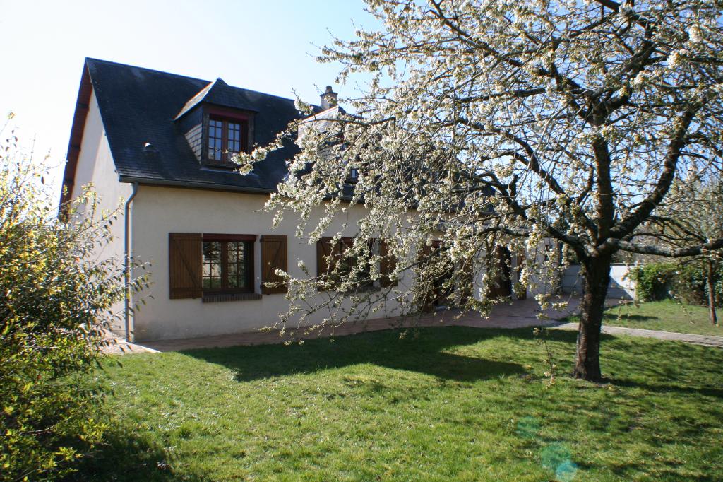 BELLE CONSTRUCTION DE 200 m²