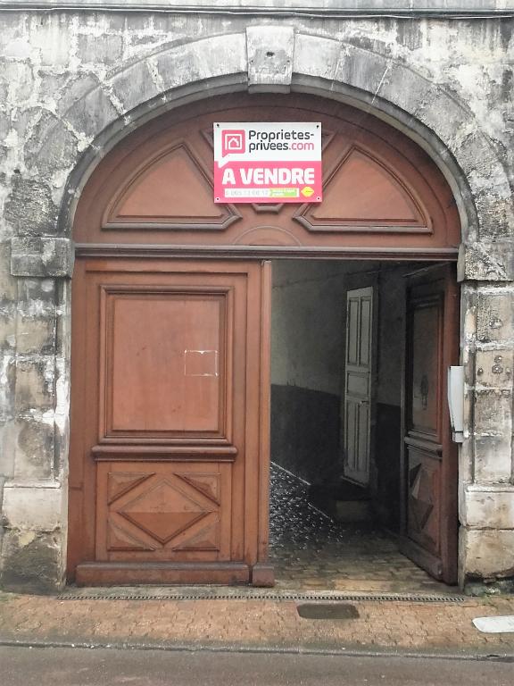 F2 et Studio TONNERRE (89700)