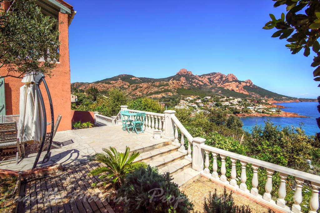 Villa 6 pièce(s) 114 m2 avec vue mer et plage à pied
