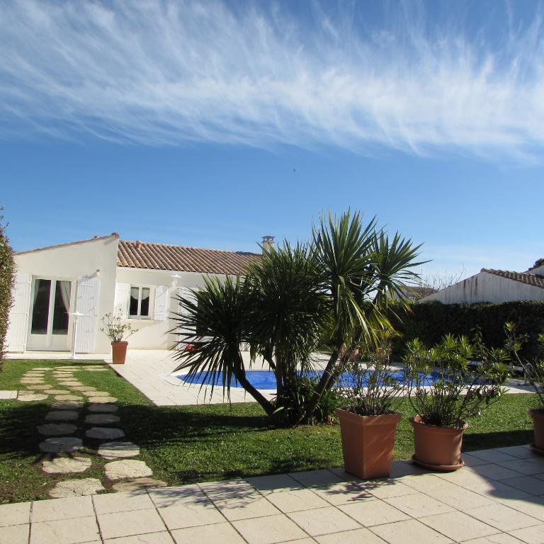 Villa de Charme Saint Denis 4 pièce(s) 97 m² piscine chauffée  - Île d' Oléron -