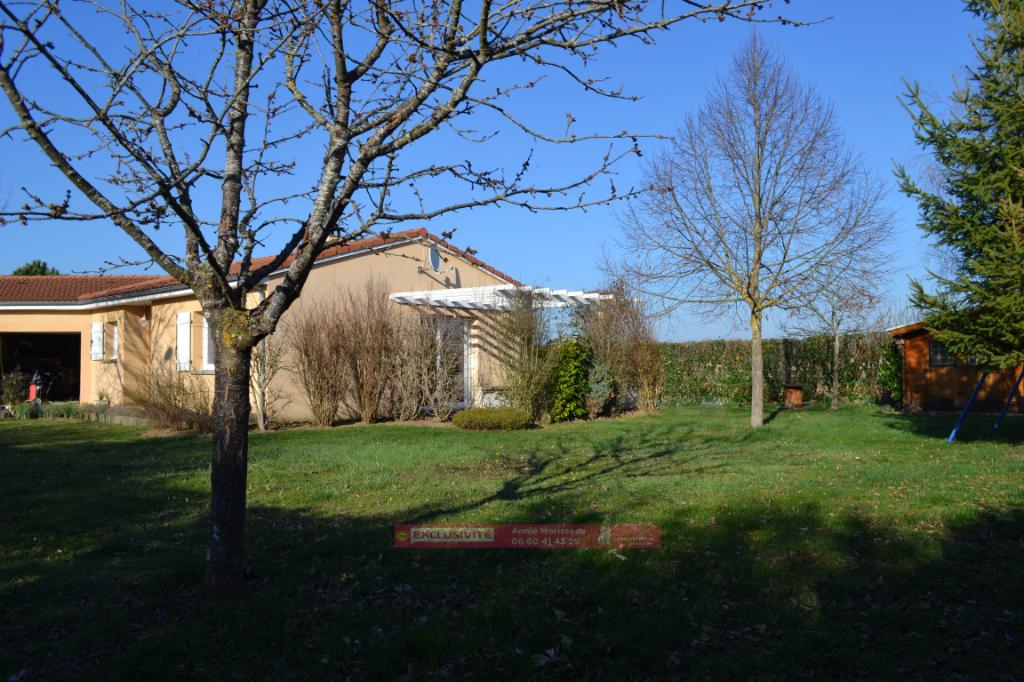 Maison plain-pied, 5 pièce(s) 109 m2, terrain 972 m², garage double