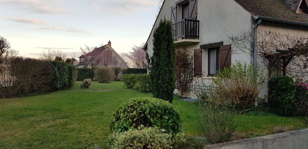 Maison proche Montfort l'Amaury 7 pièces 180 m² env