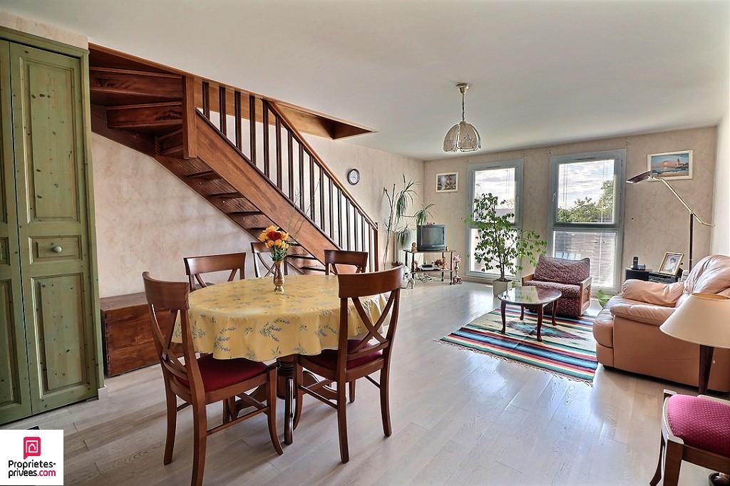 ACHERES (78260) - Appartement duplex 3 pièces - 66 m2