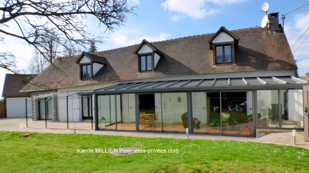 ILLIERS L EVEQUE 27770 Maison individuelle - 1 étage - 5 chambres - Studio aménagé - Véranda - Double garage - Terrain - 398 500  HAI