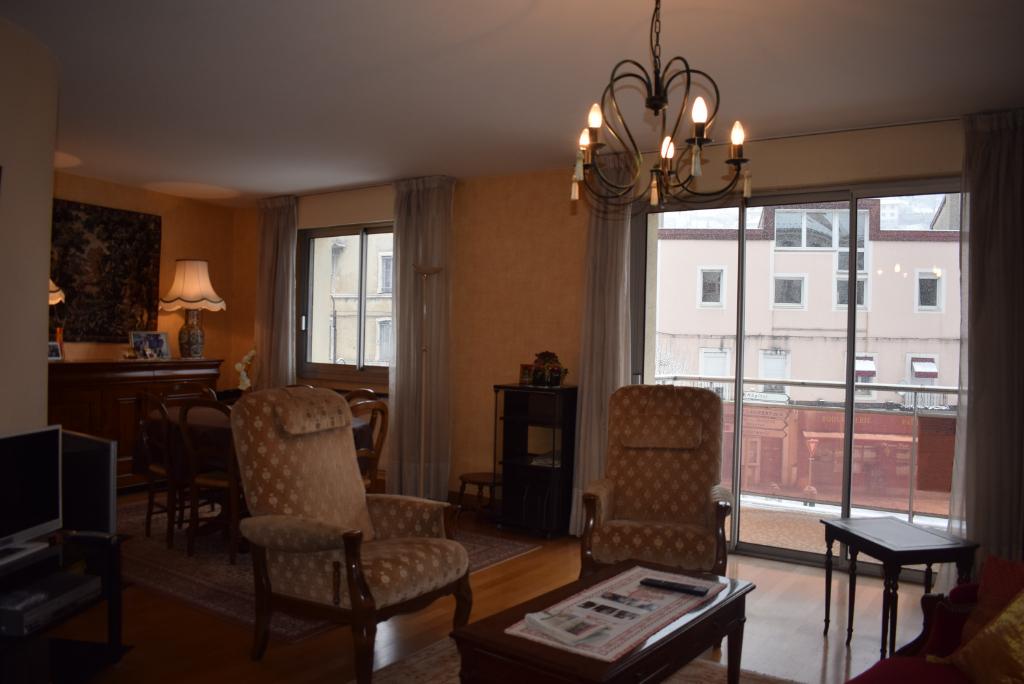 Appartement Saint Claude 4 pièce(s) 93 m2