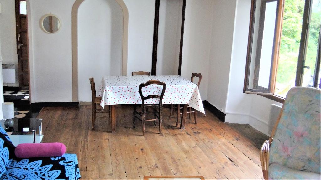 Maison Ugine 4 pièce(s) 121 m2