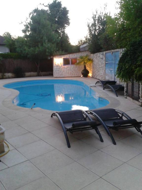 91390 - Morsang Sur Orge - Maison 6 pièce(s) 150 m² avec Piscine