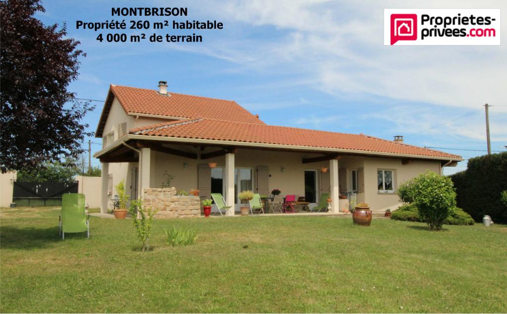 Maison Montbrison 7 pièce(s) 260 m2 4 000 m² de terraiin
