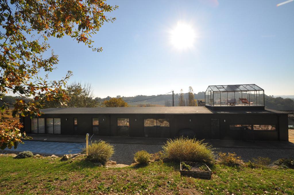 Maison d'architecte en bois - Belvès De Castillon 5 pièce(s) 118 m2 - 379000 Euros HAI TTC