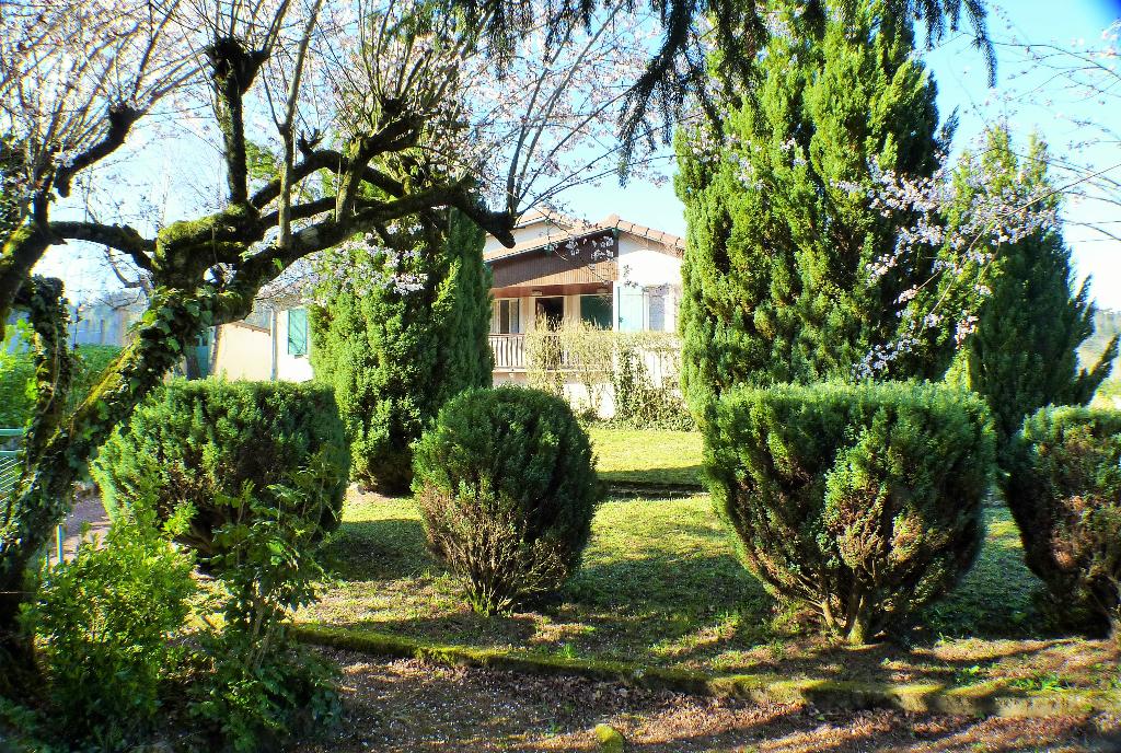 Maison Thizy Les Bourgs 6 pièce(s)   165 900  H.A.I. 110 m2
