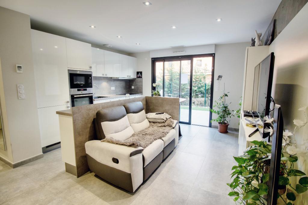 Appartement au Dramont 40 m2 + garage
