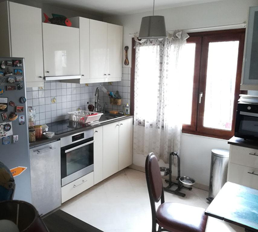 91420 - Maison 115 m2 jardin - Secteur pavillonnaire