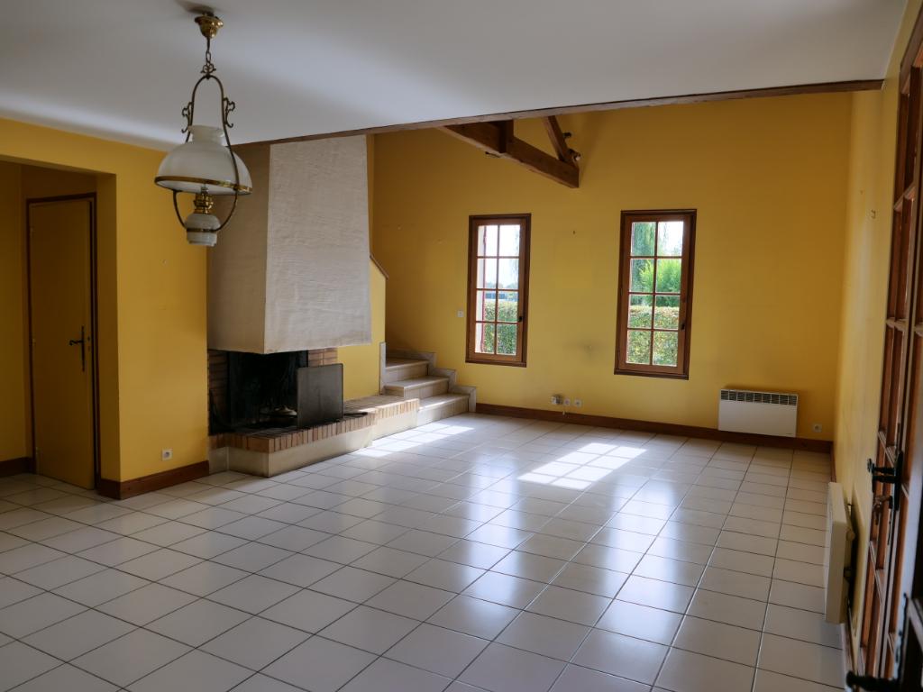 Maison de 155m² avec 4 chambres 1 bureau et piscine chauffée