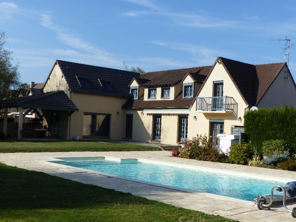 Maison Tremblay Les Villages 7 pièce(s) 280 m2