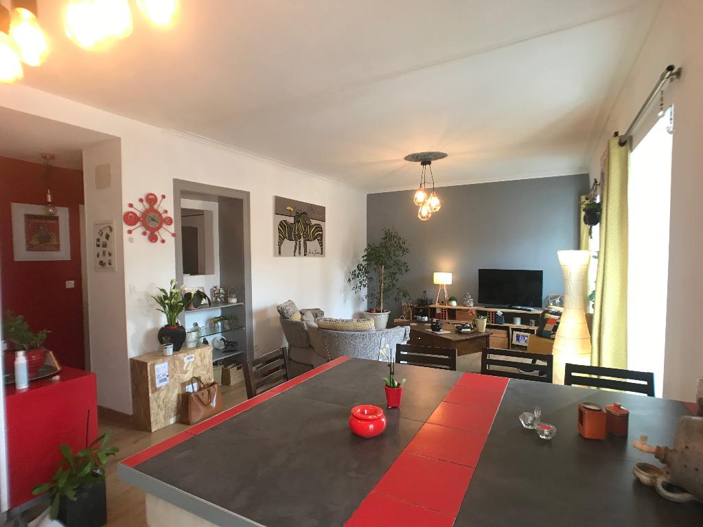 Appartement Pau 3 pièce(s) 66 m2environ 141000