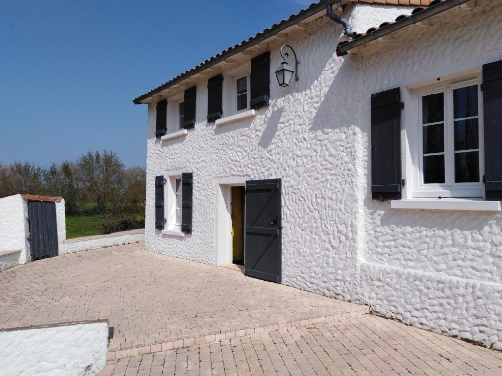 Maison Le Marillais 10 pièce(s) 230 m2