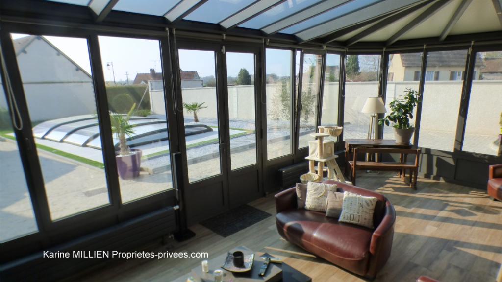 ILLIERS L EVEQUE 27770 Maison individuelle - 1 étage - 4/5 chambres - Sous sol - Piscine chauffée et couverte - Terrain clos - 279 500  HAI