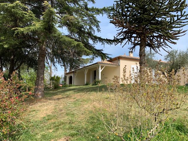 Marmande Propriété de 22,5 hectares avec maison d'habitation de 146m2