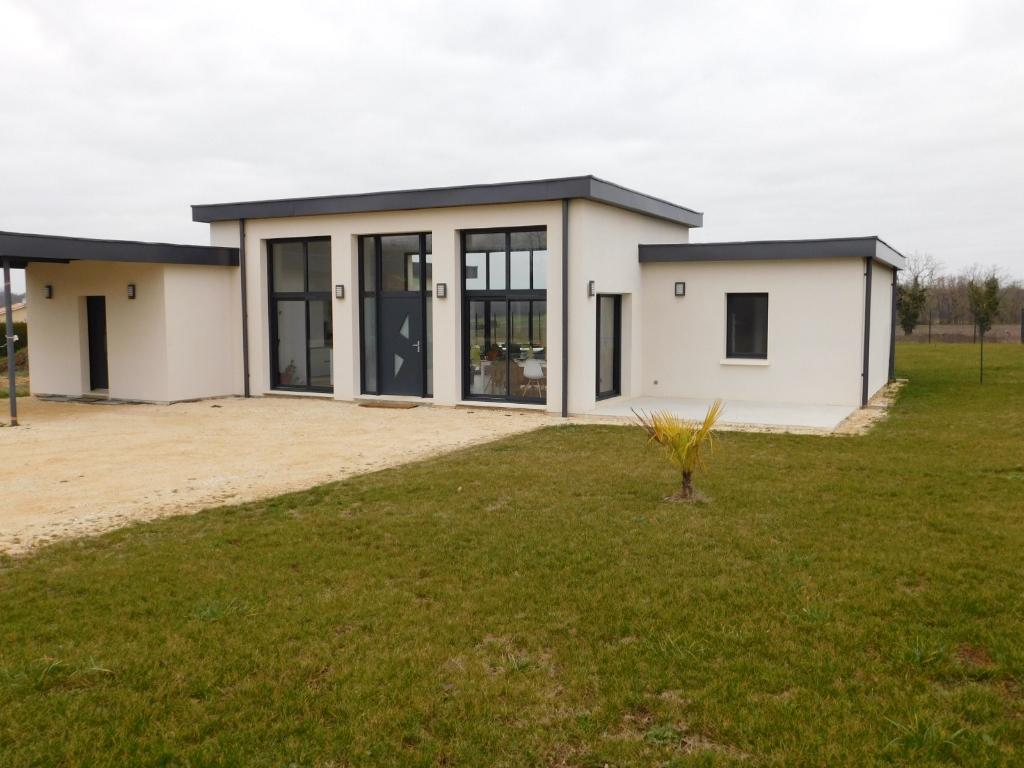 Maison à 5 minutes de La Rochefoucauld 4 pièce(s) 130 m2