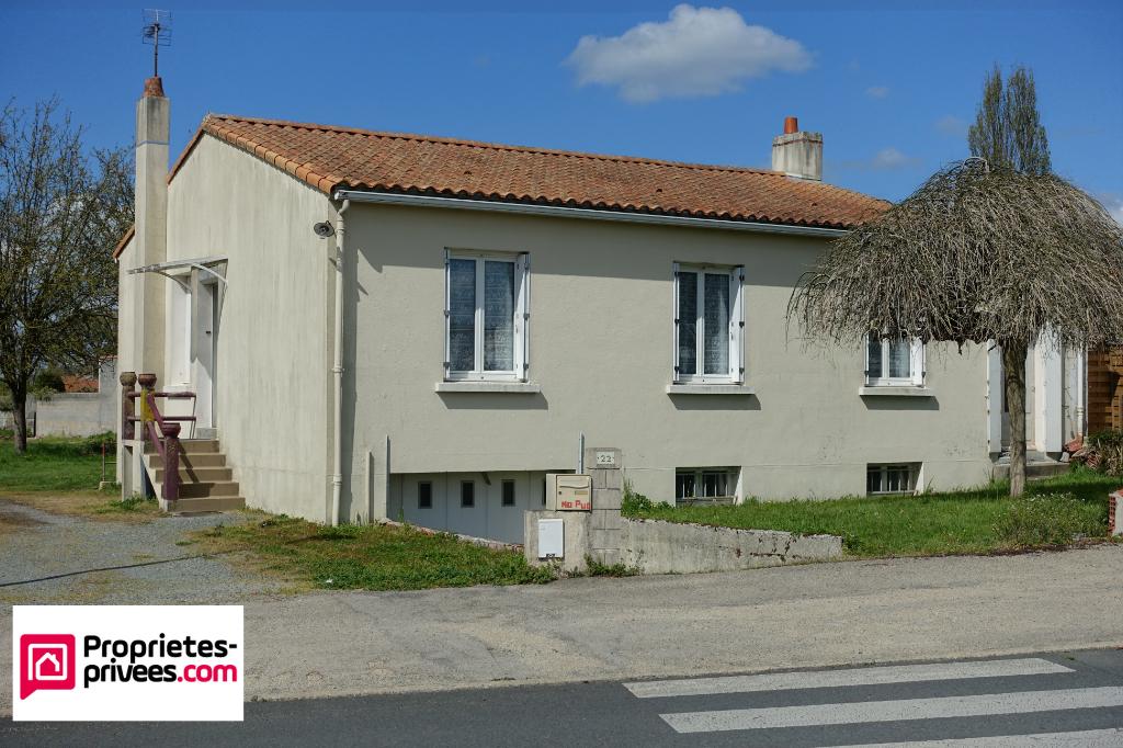Maison à rénover de 79 m² - 3 chambres - 85250 Saint Fulgent