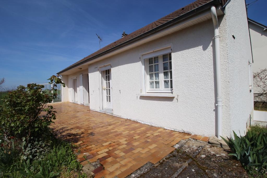 Maison de plain pied 3 chambres, sous-sol total avec terrain