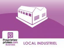 FREJUS - Local commercial Pas de porte local 177 m²