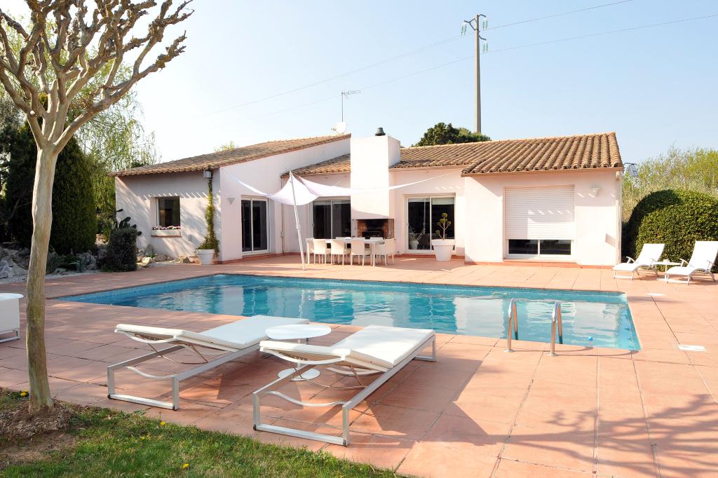 Villa Maraussan 5 pièce(s) 160 m2 sur 2000 m² de terrain avec piscine