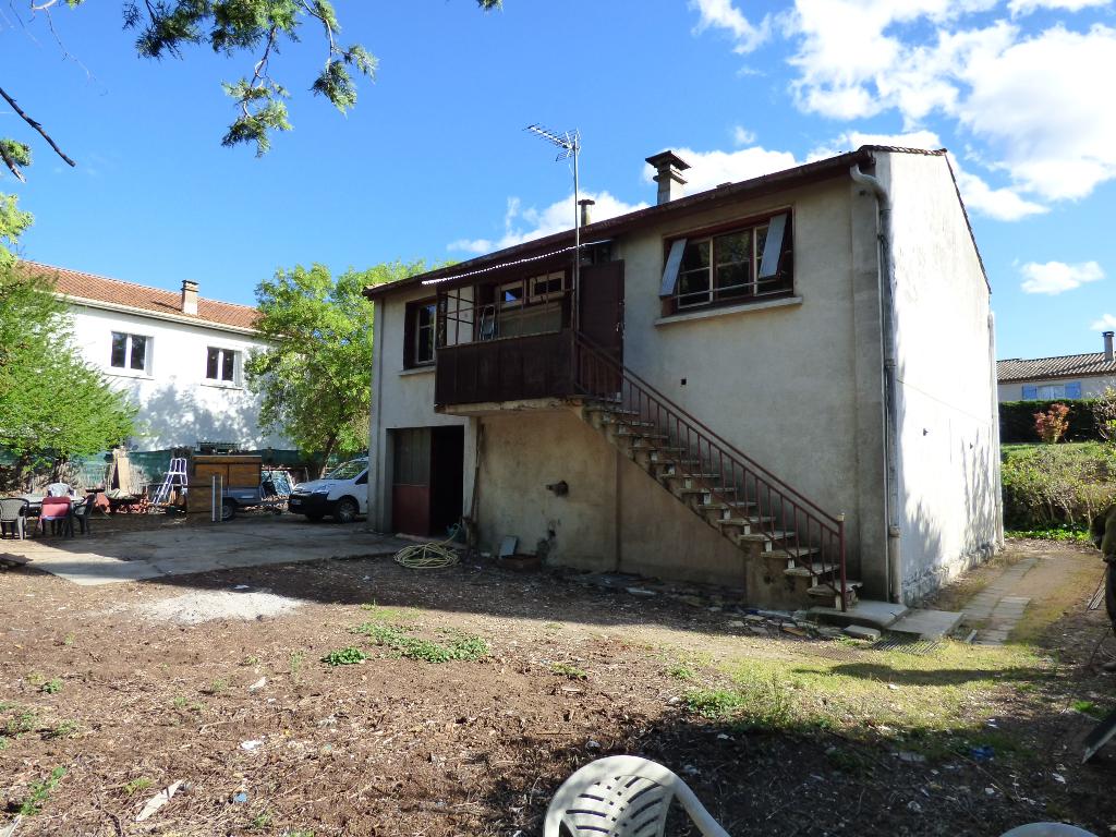 Maison Montblanc 4 pièce(s) 67 m2 avec garage de 70 m² sur un terrain de 765 m²