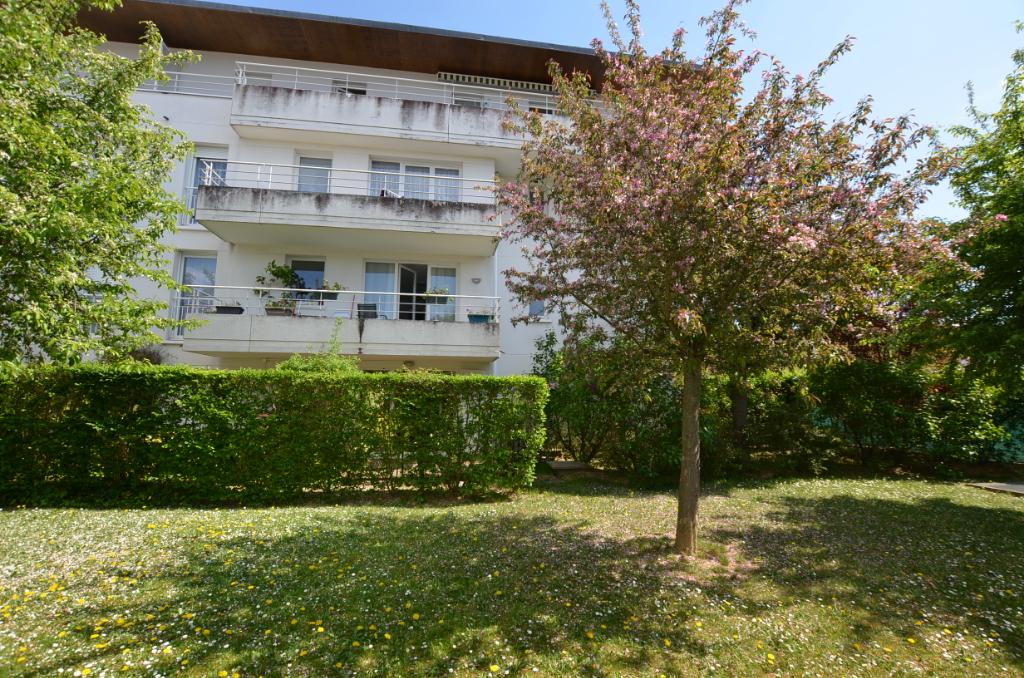 Appartement (loué) - 3 pièce(s) 67 m² - Rez de jardin - PMR