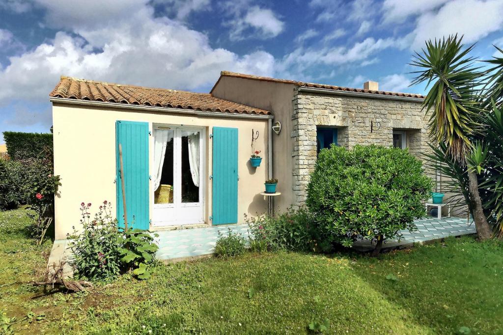 Villa de Charme La Brée 8 pièce(s)  184 m²  Piscine  - Île d' Oléron -