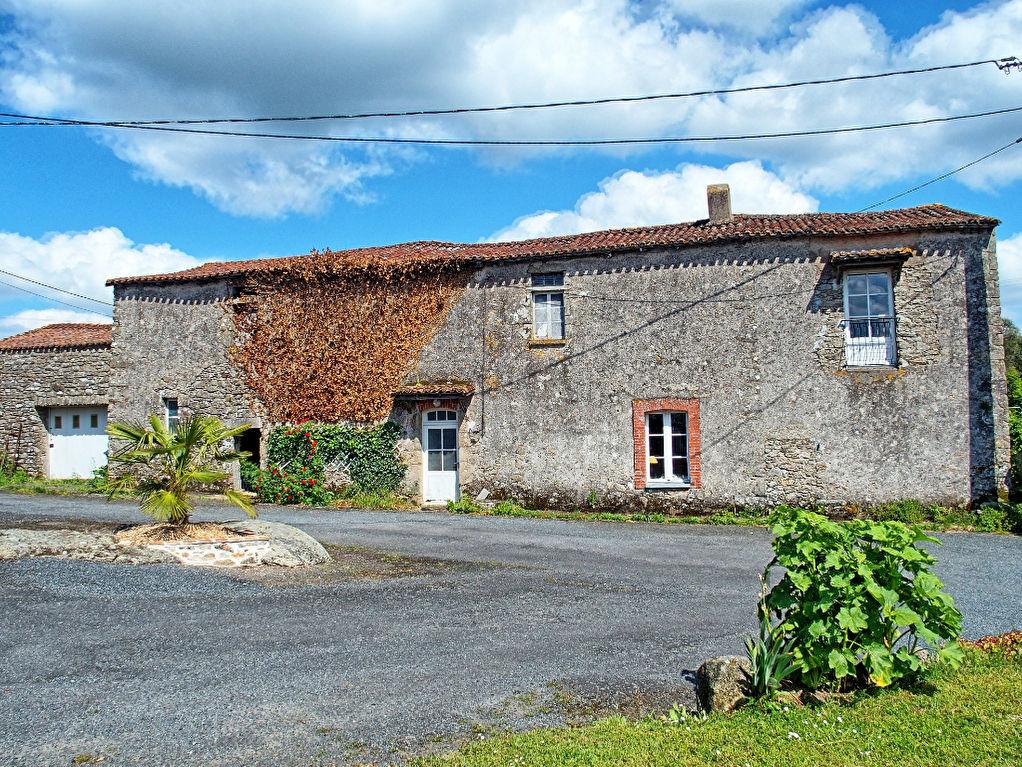 Maison Getigne 4 pièce(s) 120 m2