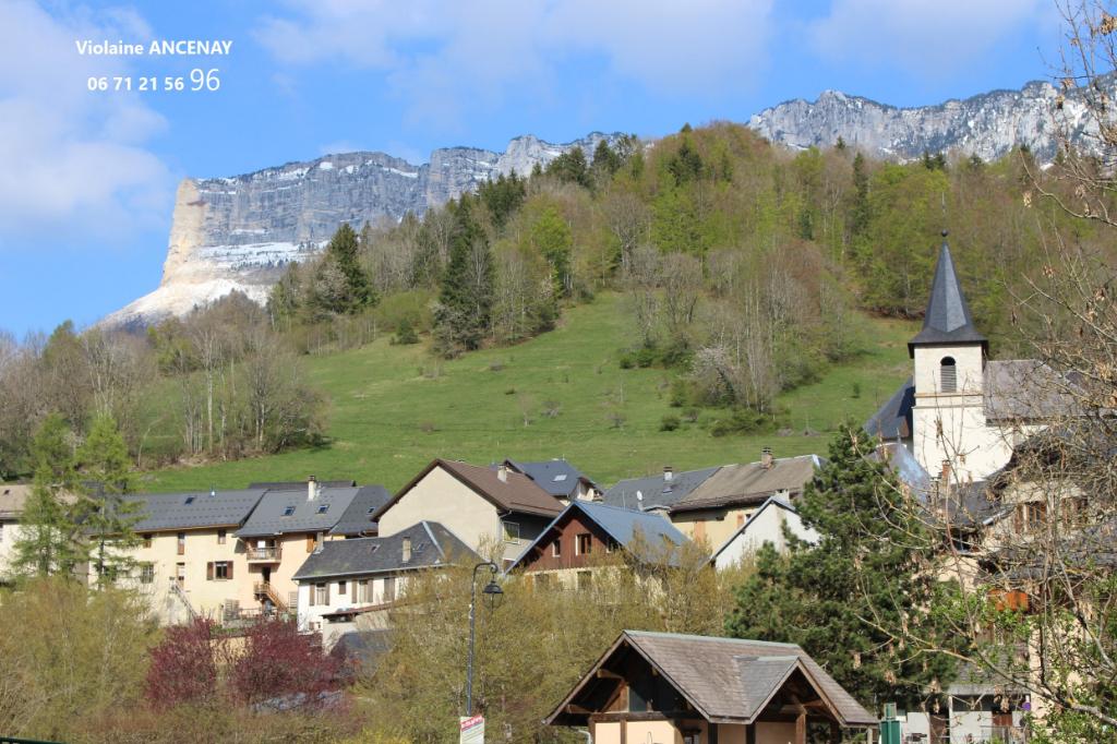 Grande maison de village à  rénover, Entremont le Vieux