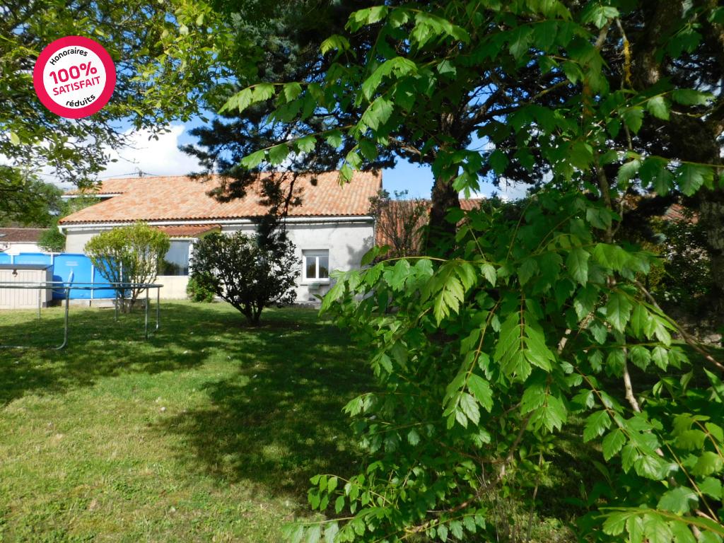 Maison Montbron 4 pièce(s) 114 m2