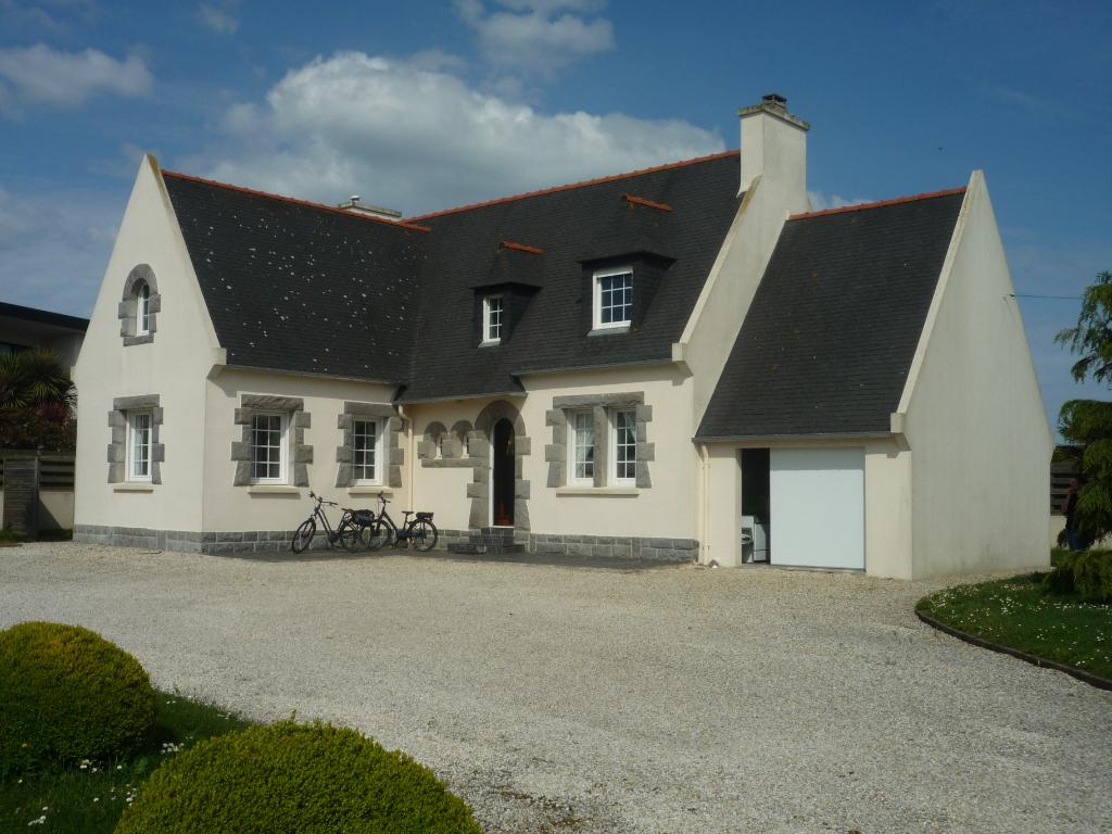 Maison Saint Pol De Leon 6 pièce(s) 93 m2