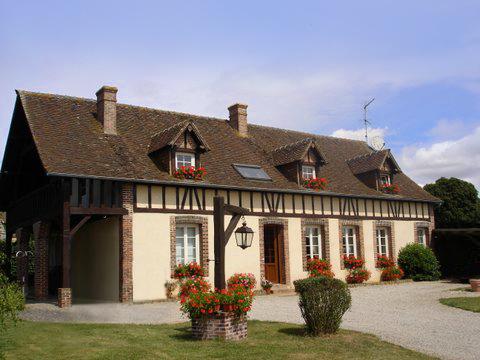 27 130 Verneuil sur Avre, maison 196m2, 5 chambres, dépendances, hangar, terrain au prix de 295 000 HAI