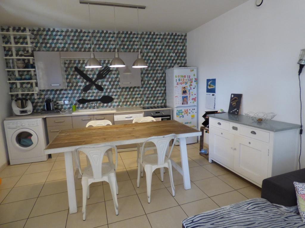 Appartement Chateauneuf De Gadagne 3 pièce(s) 65 m2