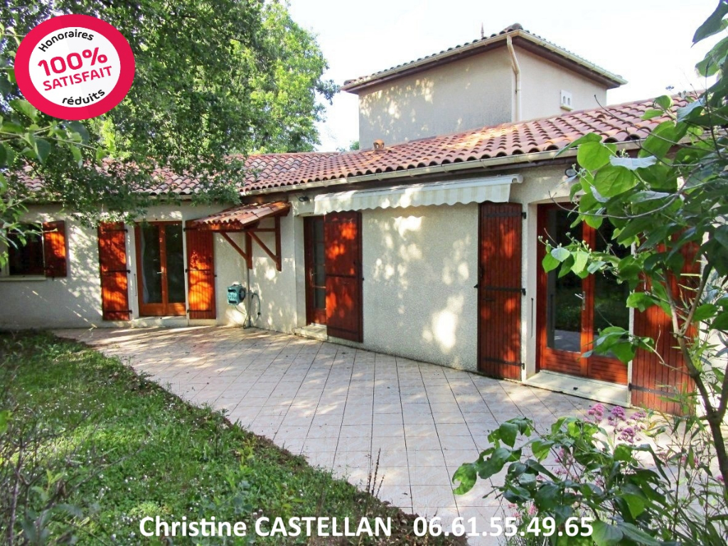 Maison Angouleme 5 pièce(s) 131 m2