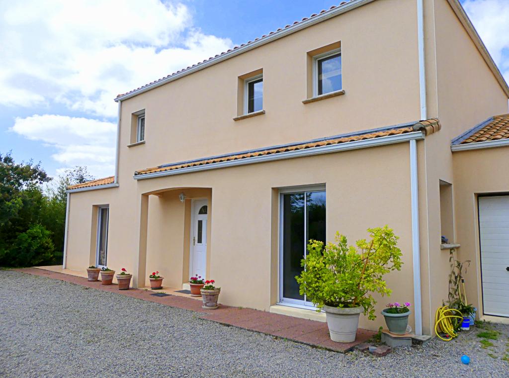 Maison  8 pièces - 200 m2