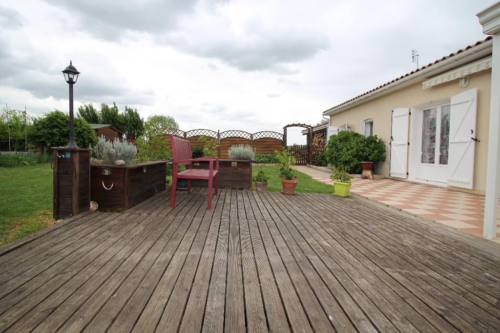 Maison Saint Antoine De Breuilh 7 pièce(s) 171m2,4 chambres, 2000m² de terrain