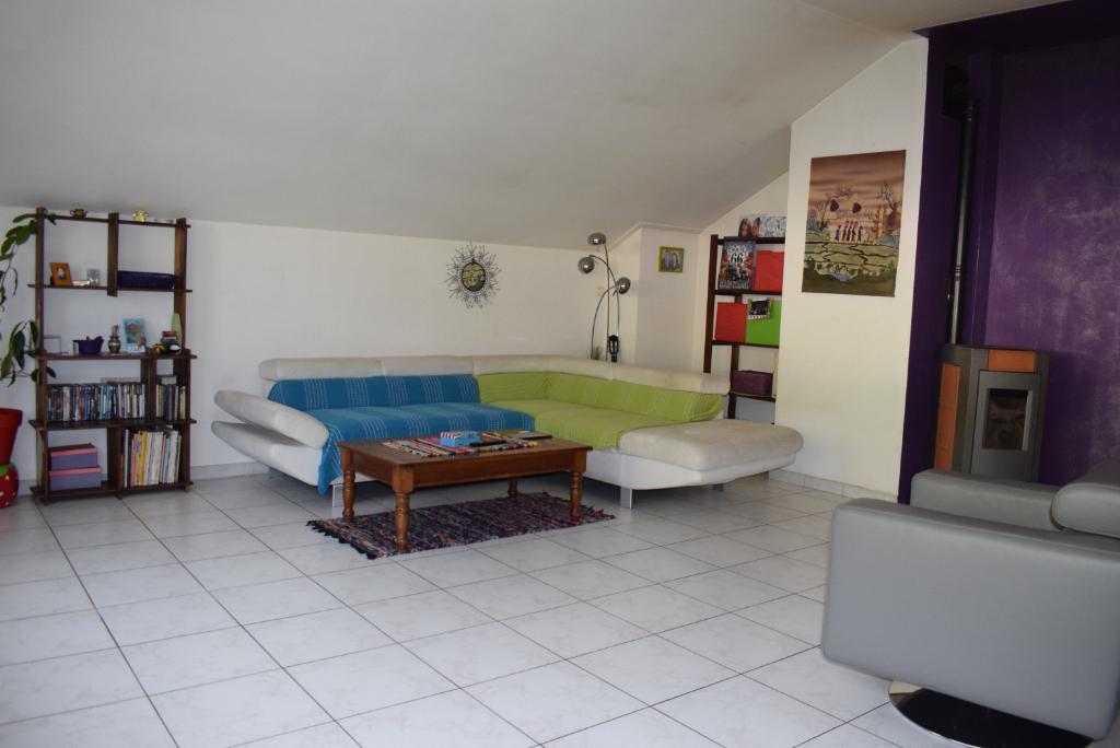 Appartement  4 pièce(s) 108 m2