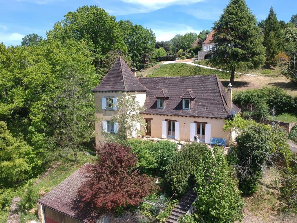 Maison Sarlat Le Caneda 8 pièce(s) 212 m2