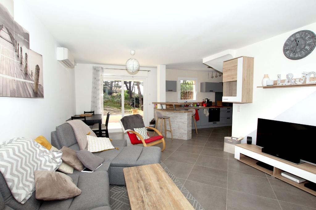 Appartement T3-T4 style villa avec terrasse et jardin