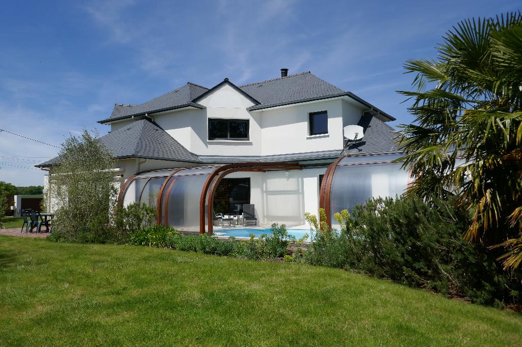 35250 ST AUBIN D'AUBIGNE- Maison de 250 m²