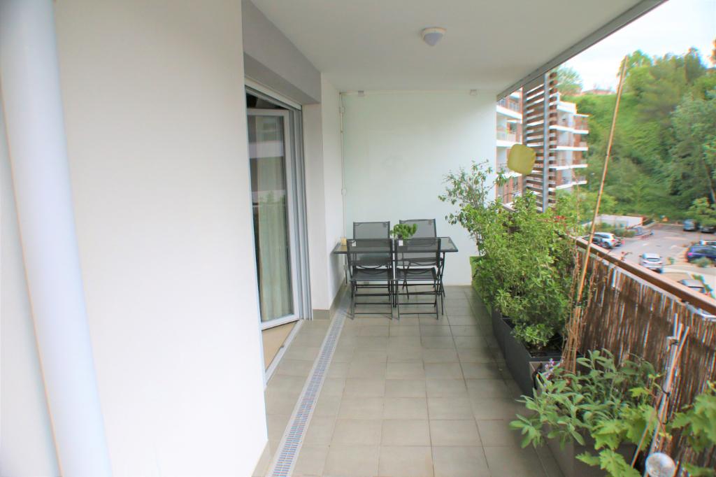 Appartement Cannes La Bocca 3 pièce(s) 59 m2 + Parking