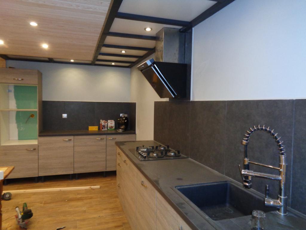 Costaros(43), maison duplex de 158 m2, 4 chambres sur 700 m2 de terrain