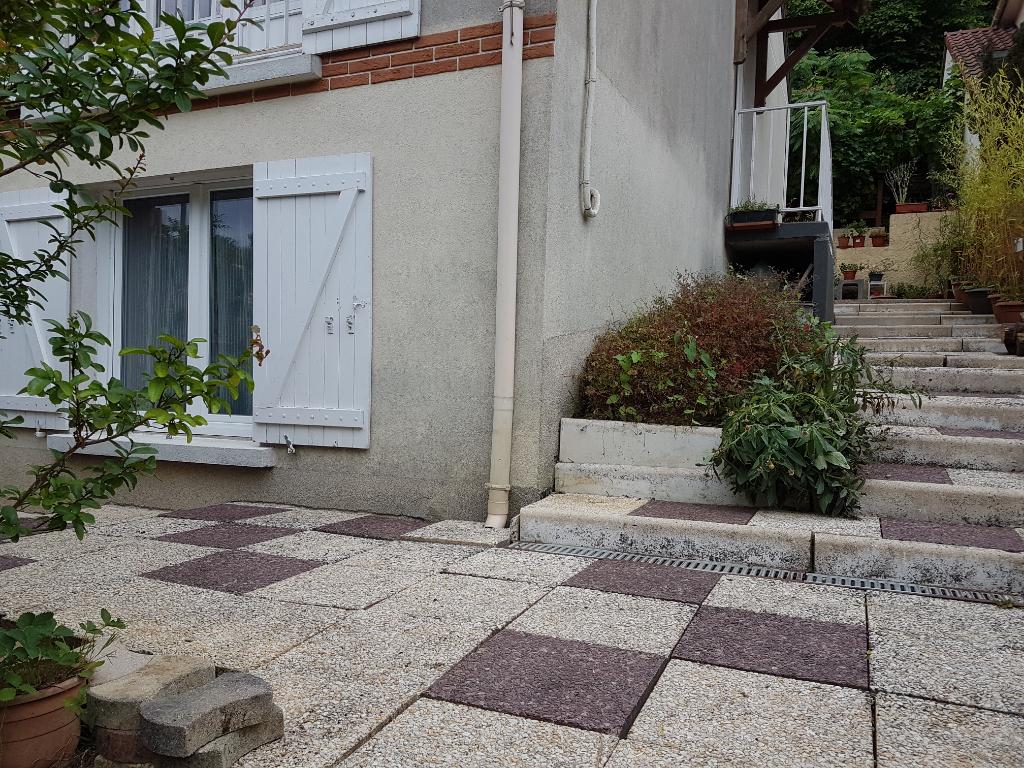 Maison Combs La Ville 6 pièce(s) 115 m2; 4 chambres