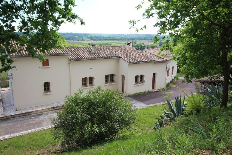 Maison  7 pièce(s) 186 m2, 3 chambres (voire 4) garage, sur 1hectare 5 de terrain